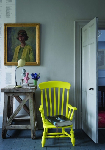 CHAISE JAUNE FLUO